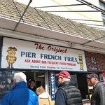 Pier French Fries resmi