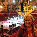 My first time inside the amazing Royal Albert Hall !! What a stunning place..