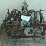 Ο παλιός μηχανισμός του ρολογιού.