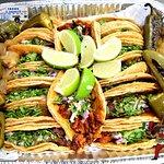 Tacos El Charrito의 사진