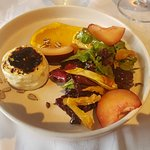 Camembert con vegetales