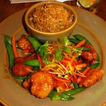 Crispy Honey Chicken (18.99) of Tempura Chicken, sugar snap peas, carrots in a honey sauce