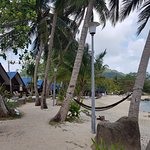 Наш пляж и домики с видом на море