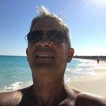 hotel Sol Cayó Largo la tercera entrada a las playas es los q practican el desnudo y puedes cami