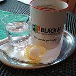 Black M Pizzeria & Restaurancia