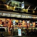ภาพถ่ายของ The White Elephant