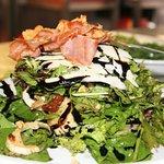 Οι δροσερές σαλάτες είναι αναπόσπατο μέρος της Ιταλικής κουζίνας.