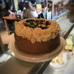 Louie Brown's Bar Kitchen & Deli