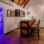 Guest bar & wine cellar
