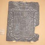 Piedra armera de los Borau de Latrás y de los Fita.