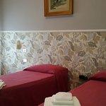 camera doppia standard con bagno e balcone