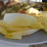 whole bream with vegetables
