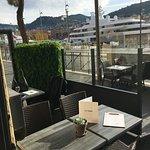 en terrasse au port de Nice
