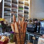 Foto de Wildflour Cafe + Bakery