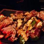 L'assiette de viandes grillées