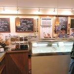 Great service at Capannari Ice Cream - Mt Prospect (14/Apr/18).