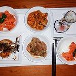 cold smoked salmon,tuna,mussels,scallops and fish tempura