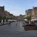 صورة فوتوغرافية لـ Old Market Square