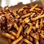Pulled chicken with French fries