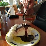 Hula pie dessert
