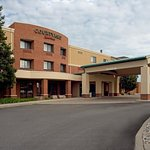 Courtyard by Marriott Hamilton,