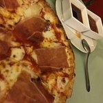 "Pizza ""Tirolesa"""