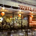 TRIPLE 8 China Bar & Grill