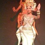 Origin of Apara dance