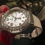 Beautiful watch!   #hublotdiamonds