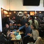 En nuestra galería hay una barra de Café Cultura / At our gallery you'll find the Café Cultura b