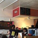 Foxes Cafe resmi
