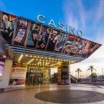 Parvis du Casino Barrière Le Croisette Cannes