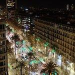 Avinguda Diagonal below by night