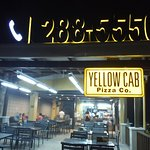 Foto Yellow Cab Pizza Boracay Station 3