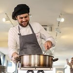 the chef making veggie carbonara