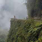 Bild från WMDR Yungas Road