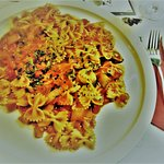 Farfalle Siciliana, 9 euro voor enkele strikjes op mijn bord :-(