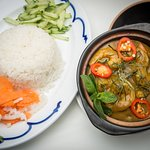 Prawn and Lime Leaf Curry with Rice