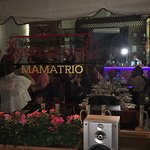 you really can spend a brilliant time in georgian restaurant mamatrio on new agmashenebeli avenu