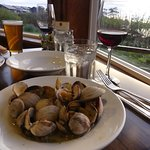 Beer simmered clams at Creekside