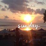 Фотография Warung Pantai Batu Belig