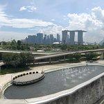 Marina Barrage Park & waterfront