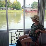Dragon Boat ride on the Perfume River (on our way to Thieu Mu Pagoda)