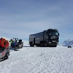 Fantastic golden circle tour with snowmobile add-on