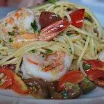 Pasta Special. Spaghetti Aglio Olio, Prawns & Cherry Tomato's