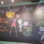 Foto de Flying Saucer Pizza Company