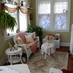 Laura Sue's Suite - has a Sun Room with a southern exposer.