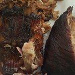 صورة فوتوغرافية لـ Smoking Po Boys BBQ Restaurant