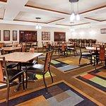 Holiday Inn Express Hotel & Suites Los Alamos Entrada Park
