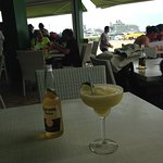 Foto de Lazy Lizard Beach Bar & Grill
